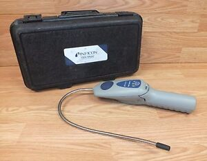 Inficon Tek mate Battery Operated Refrigerant Leak Detector With Case read