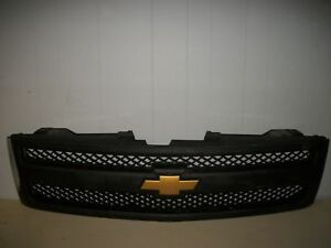Chevy Silverado Front Grille Grill 07 08 09 10 11 12 2011 2012 25779136 Used