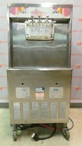 Taylor Commercial Yogurt Ice Cream Soft Serve Y754 33 3 Phase Water Cooled