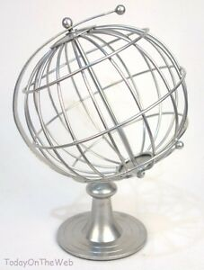 Decorative Spinning World Metal Wire Frame Desk Globe