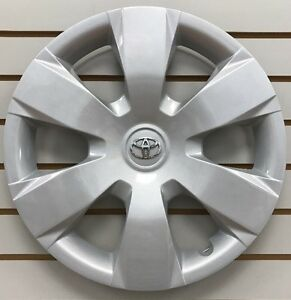 2007 2011 Toyota Camry 16 6 spoke Hubcap Wheelcover Oem