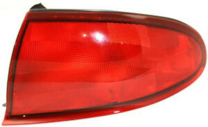 Right Passenger Side Tail Light Tail Lamp For 1997 2004 Buick Regal