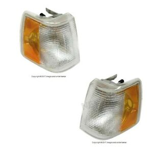 For Volvo 760 940 Pair Set Of Front Right left Turn Signal Assies Aftermarket