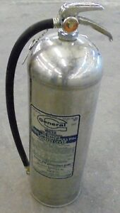 General 2 1 2 Gallon Water Pressurized Fire Extinguisher Ws 900