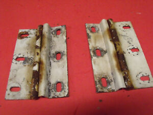 67 69 70 71 Jeepster Commando Dauntless 225 Rear Upper Hatch Lid Hinges