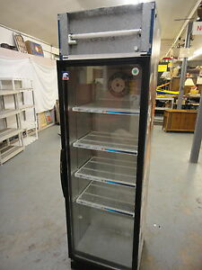 Commercial Business Pop Beer Zywiec Cooler 220 Volts works 23 5x24x81 5