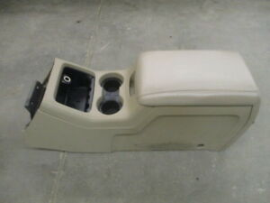 03 04 05 06 Ford Expedition Center Floor Console W power Plug Oem Lkq