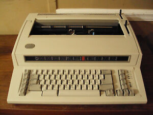 Ibm Wheelwriter 6871 Electric Typewriter Looks Great 1000