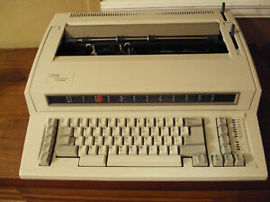 Ibm Lexmark Wheelwriter Wheel Writer Electric Typewriter Looks Great 1000