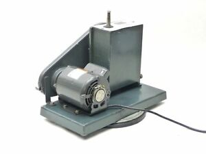 Sargent Welch Duo seal Single Stage 300 Rpm Vacuum Pump 1404 41 1058 115v