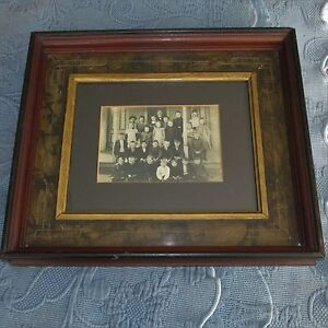 Antique Eastlake Victorian Walnut Deep Well Picture Frame Vintage School Photo