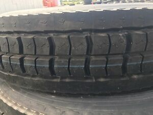 2 Commercial Truck Tire 11r24 5 Retread Tire 11 245 Recap Drive Tire Lug