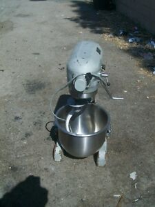 Hobart Dough Mixer Model A 200 T 115 Volts S s Bowl hook whip 900 Items More