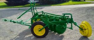 John Deere 600h Hydraulic Lift Drawn Disc Plow Refurbished