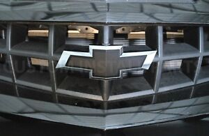 2010 2015 Chevy Camaro Zl1 Front Grille Black Bowtie Emblem Replaces 22761889