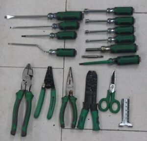 Commercial Electric 16pc Electrician Screwdriver Pliers Tool Set