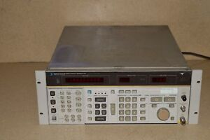 Hewlett Packard Hp 8662a Synthesized Signal Generator