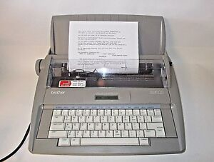 Brother Sx 4000 Daisy Wheel Portable Electronic Display Typewriter excellent