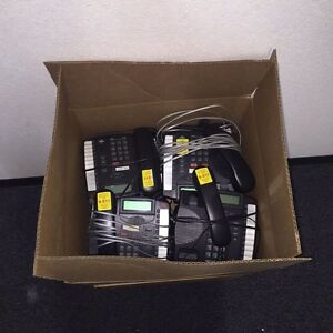 lot Of 48 Aastra 9116lp Analog Lcd Display Business Office Desk Phones