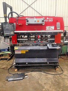 55 Ton X 6 Amada Press Brake No Rg50 Nc9ex ii 3 Axis Cnc Back Gauge 1996