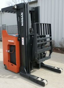 Nissan Model Dm1h230nv 2010 3000 Lbs Capacity Great Reach Electric Forklift