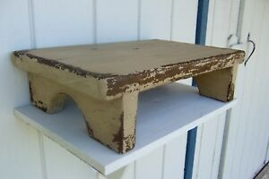 Primitive Painted Tv Computer Media Stand Small Wooden Table Top Riser Bench