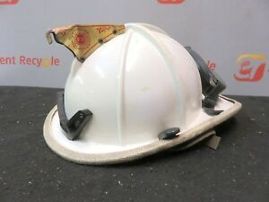 Cairns Brother Classic 1000 Firefighter Helmet Emt Fire Eagle Turnout Goggles