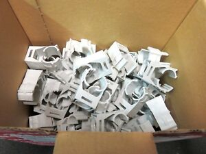 Clic 15 Electrical Wire Clamp Holder 1 2 Pvc Grey New Lot Of 100