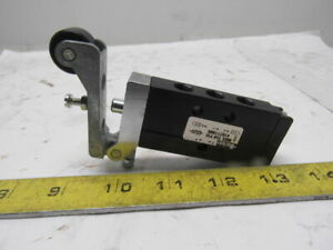 Parker 410211000 Pneumatic Roller Valve Limit Switch