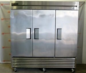 True T 72 Commercial 3 Door Swinging Solid Refrigerator Stainless Reach In