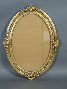 Vintage Antique Oval Gold Painted Picture Frame Fits 16 X 13 75 Art Photo