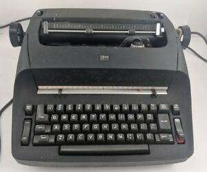 Vintage Ibm Selectric I Typewriter Model 286a Black W Cover Turns On Gothic Font
