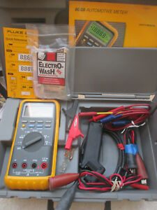 Fluke 88 Automotive Meter With Case Manual Leads Etc