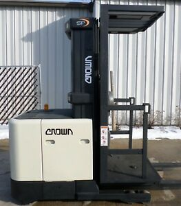 Crown Model Sp3010 30 2002 3000lb Capacity Order Picker Electric Forklift