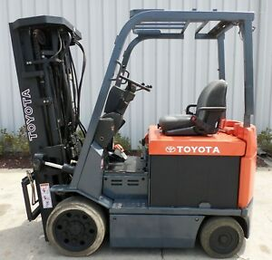 Toyota Model 7fbcu25 2004 5000lbs Capacity Great 4 Wheel Electric Forklift