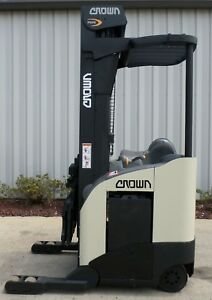 Crown Model Rr5220 35 2003 3500lbs Capacity Great Reach Electric Forklift