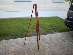 David White Adjustable Tripod