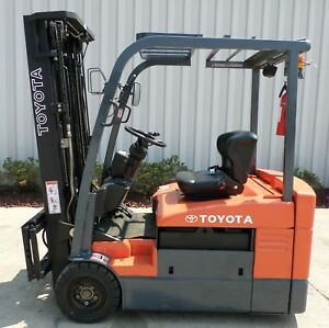 Toyota Model 7fbeu20 2010 4000 Lbs Capacity Great 3 Wheel Electric Forklift