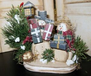 Prim Country Wooden Snowman Shopping Couple With Greenery