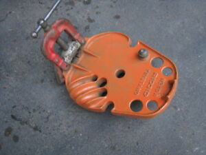 Ridgid Usa Pipe Vise Stand Model No 40 A Tristand Vise Pipe Bender Tool Nice
