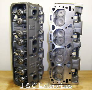 5 0 305 Chevy 64 Cc Cylinder Heads 1987 1995 Sbc Center Bolt Valve Covers