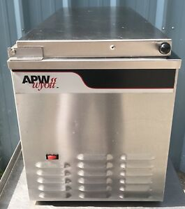 Apw Wyott Countertop Refrigerated Condiment Sandwich Prep Cooler