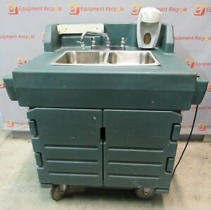 Cambro Ksc402 2 Comp Portable Self contained Hand Washing Sink Hot Water Cart