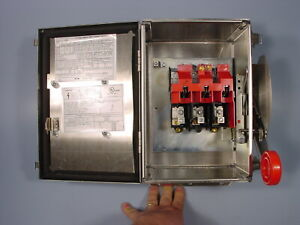 Eaton Dh361uwk Stainless Steel Safety Switch 30a 3 Phase 600vac