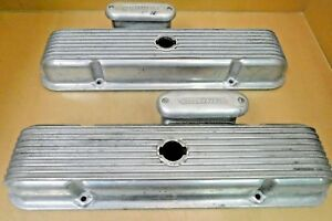 Cal Custom 40 2200 Pontiac V8 Aluminum Valve Covers Finned W offy Breathers