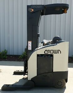 Crown Model Rr5020 35 2003 3500lbs Capacity Great Reach Electric Forklift