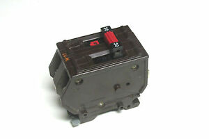 Wadsworth 30a 2p Circuit Breaker metal Tabs Yi 917