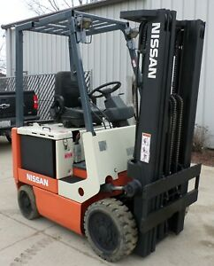 Nissan Model Cwp02l25s 2005 5000lbs Capacity Great 4 Wheel Electric Forklift