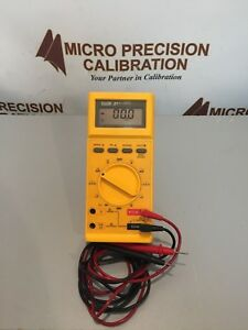 Fluke 27 Digital Multimeter