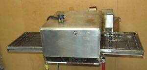 Lincoln Impinger 1301 Electric Conveyor Pizza Oven Countertop stackable p1